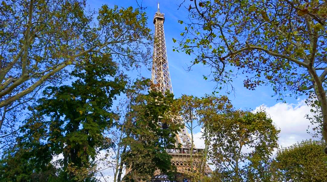 places to visit in paris eifffel towwer