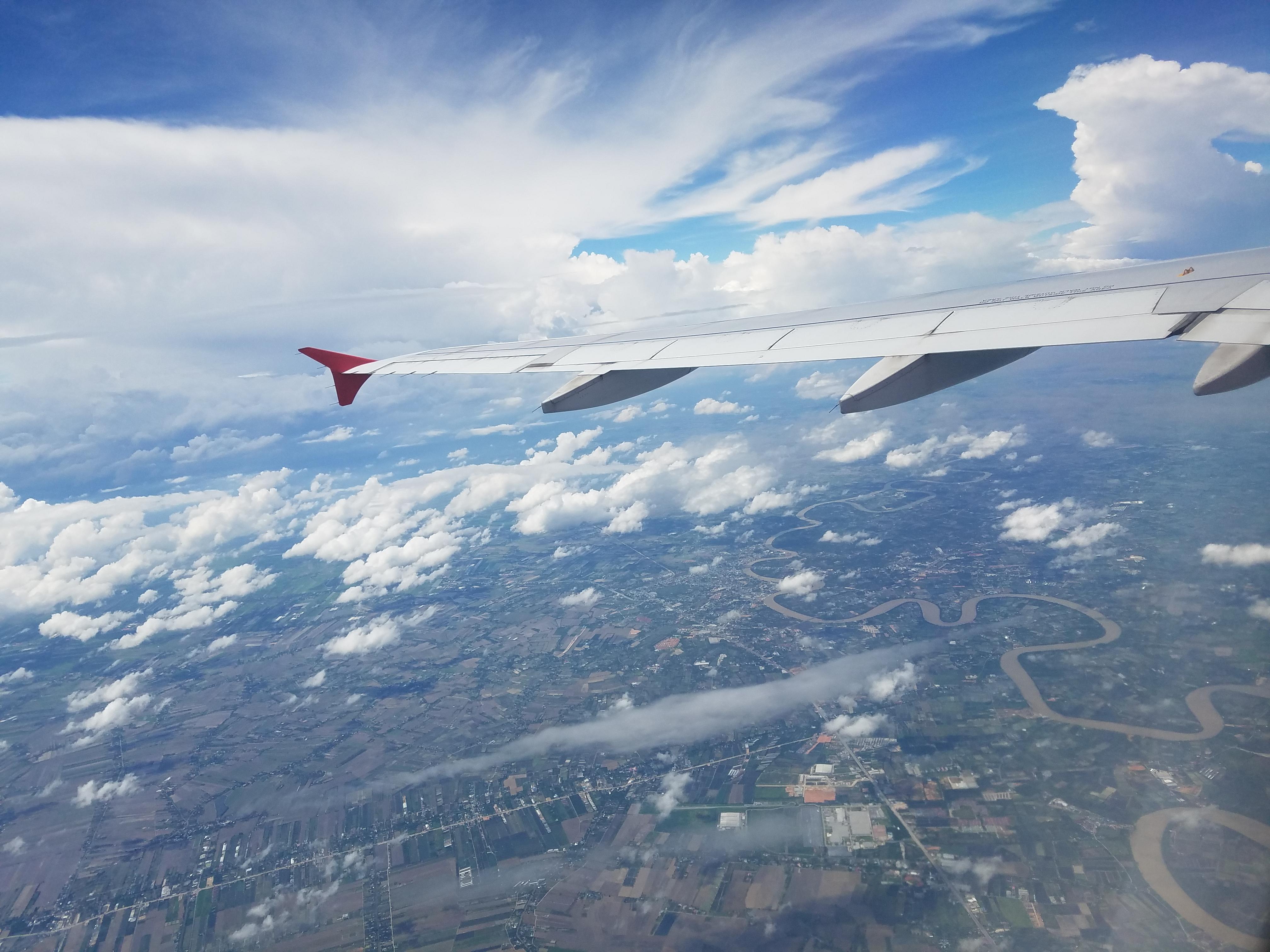 bangkok to phuket by plane