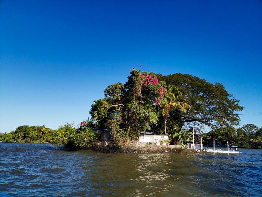 Cochibolca Lake Nica granada tours