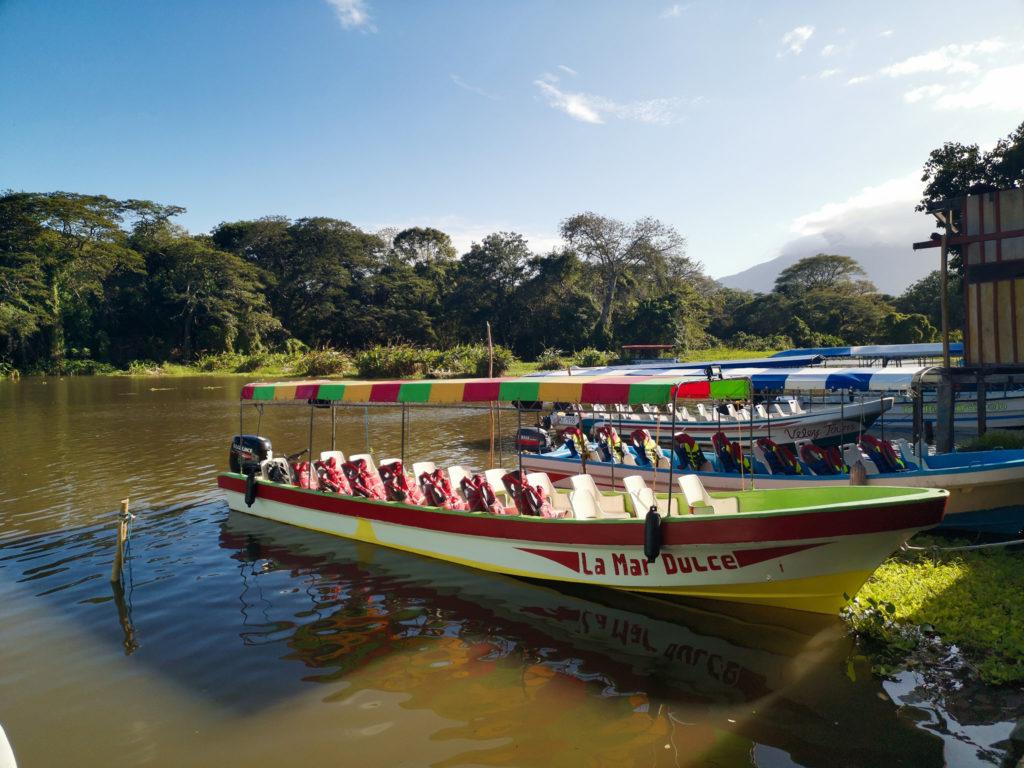 granada lago Cocibolca boat