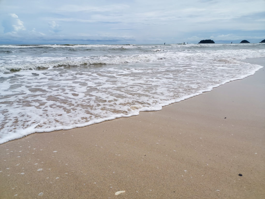 lonely beach koh change thailand 4