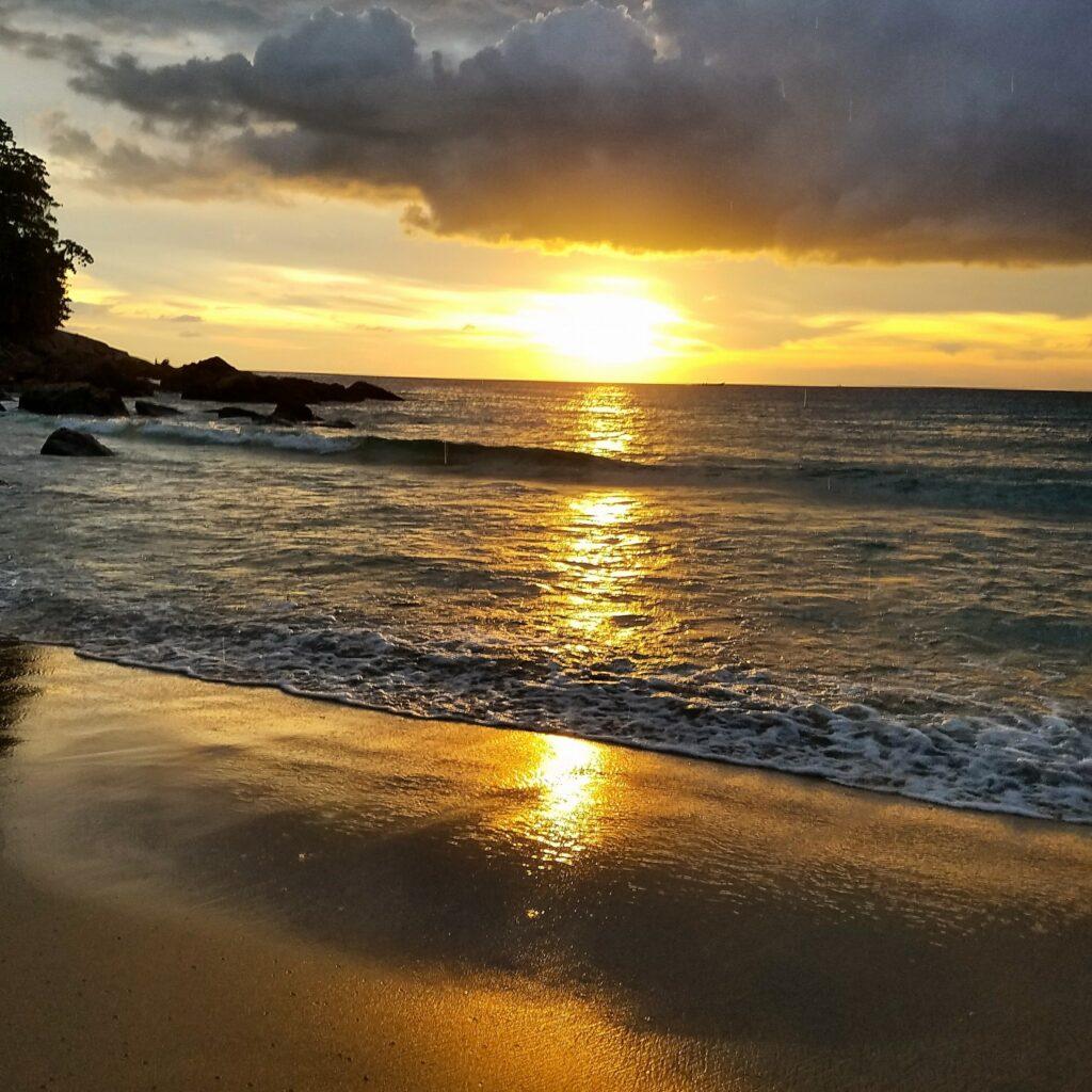 surin beach phuket nomadicnava 2