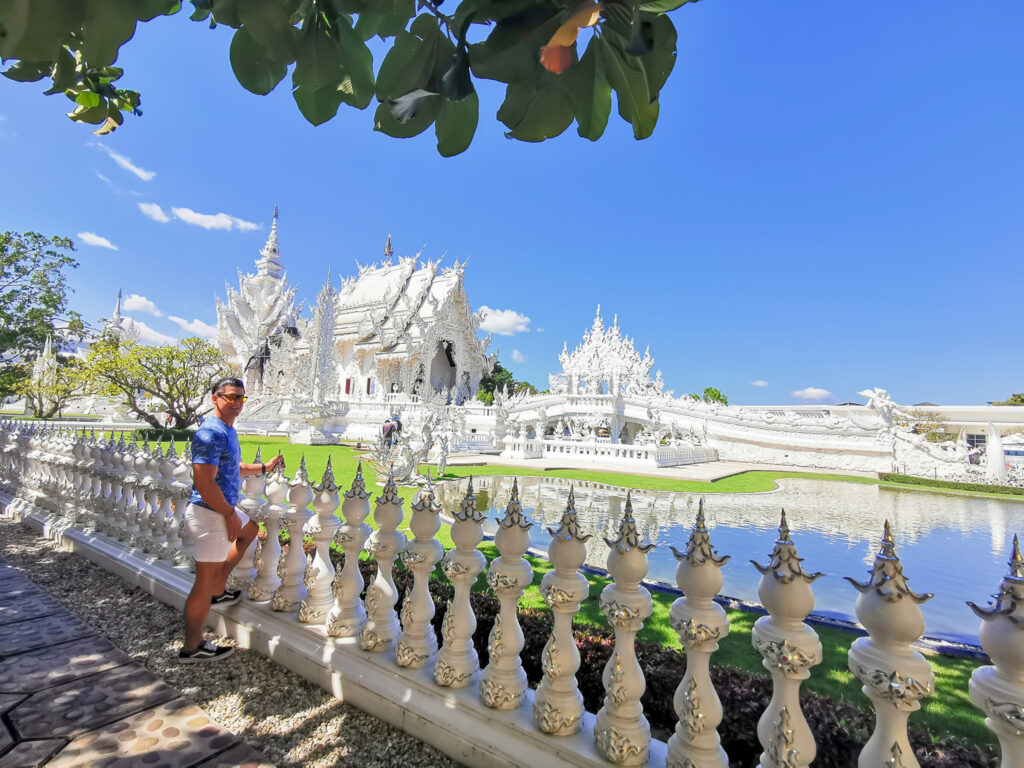 white temple nomadicnava 1