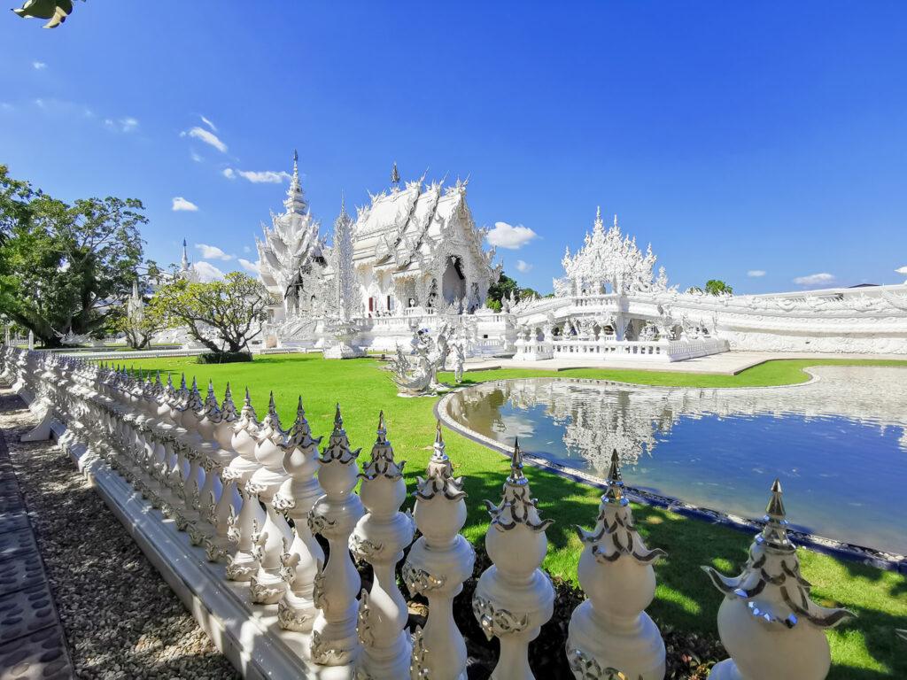 Wat Rong Kuhn Chiang Rainomadicnava 1